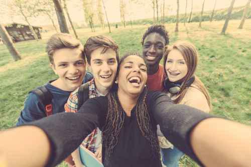 Contraception Des Adolescent(e) Mineur(e)s Et Grossesses Non Désirées Chez Les Jeunes Filles Mineures En Région PACA